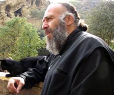 archimandrita Antimoz