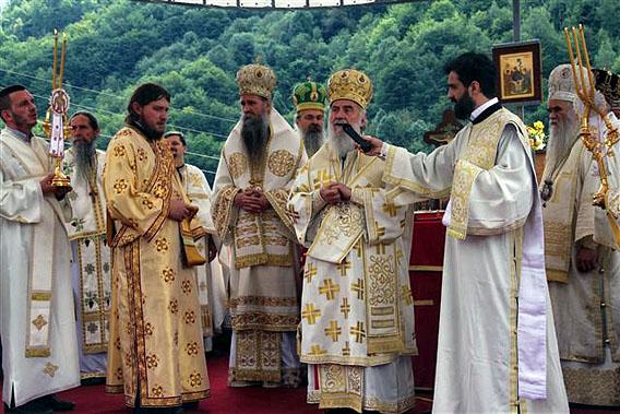 jul-2014-liturgija-na-sedamdesetogodisnjicu-genocida-u-velici-10