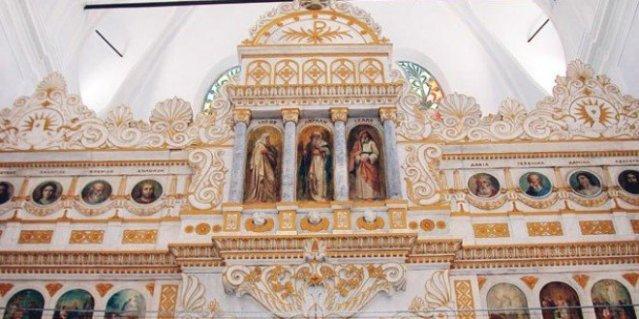 iglesia turca restaurada
