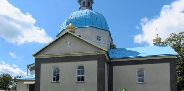 uniatas y sector derecho atacan iglesia ortodoxa